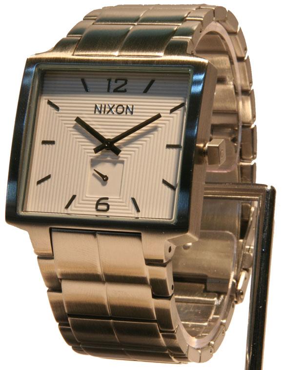 NIXON(ニクソン) 10