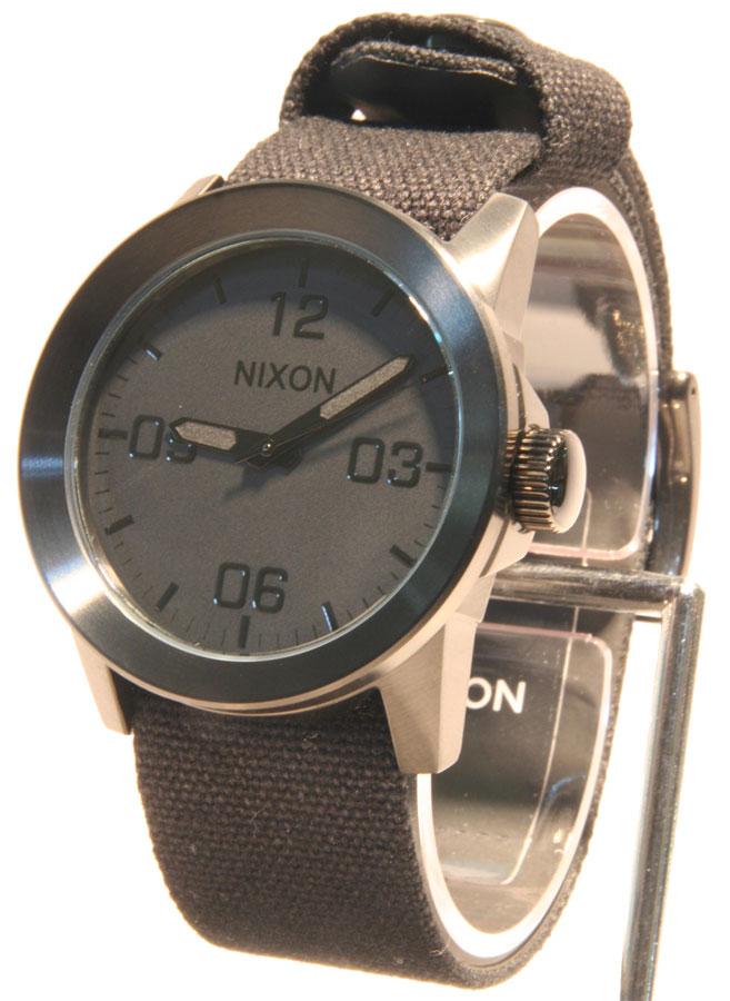 NIXON(ニクソン) 24